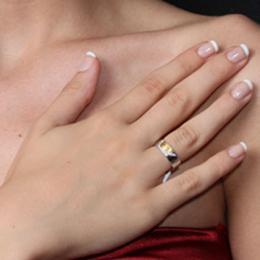 Pırlantalı Kalpli Parmak İzi Altın Alyans