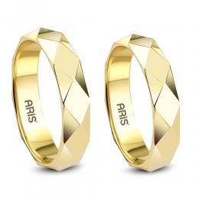 Piramit Motif Altın Evlilik Alyans